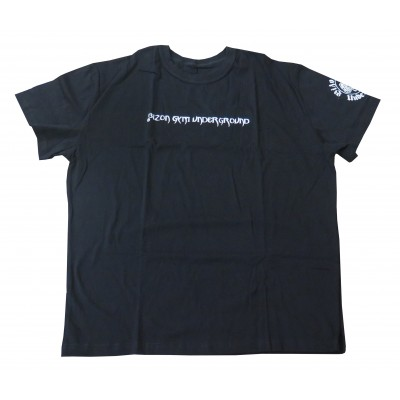 Černé triko s nápisem na hrudi a logem na rukávu velikost XL