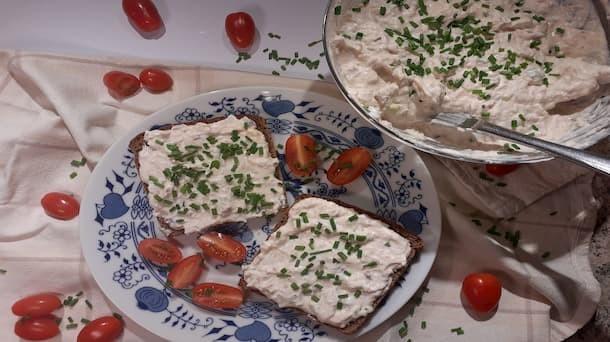 Recept: Tuňáková pomazánka, kterou budeš chtít jíst každý den